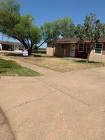Foreclosure - Rosemont St - Clovis, NM
