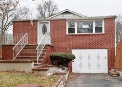 Foreclosure - Fairfield Rd - Wayne, NJ