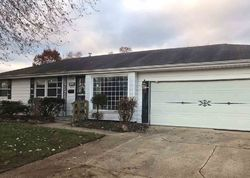 Foreclosure - Rowantree Pl - South Bend, IN