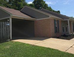 Foreclosure - Oak Leaf Dr - Olive Branch, MS