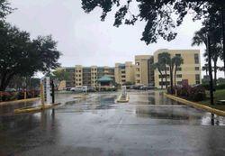 Foreclosure - W Oakland Park Blvd - Fort Lauderdale, FL
