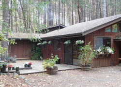 Foreclosure - Logan Cut Dr - Cave Junction, OR