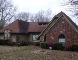 Foreclosure - Oak Forest Dr - Olive Branch, MS