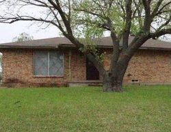 Foreclosure - Skyline Dr - Rowlett, TX