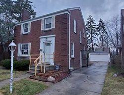 Foreclosure - Rolandale St - Grosse Pointe, MI