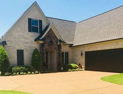 Foreclosure - Hawks Crossing Dr W - Olive Branch, MS