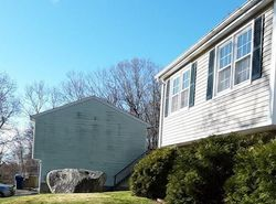 Foreclosure - Devonshire Dr - Waterford, CT