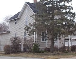 Foreclosure - Roller Ave - Beaver Dam, WI