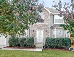 Foreclosure - Lonetree Pt - Douglasville, GA