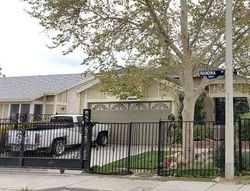Foreclosure - Nandina Dr - Palmdale, CA