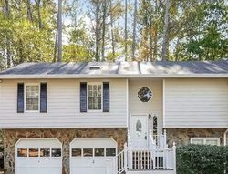 Foreclosure - Mill Trce - Douglasville, GA