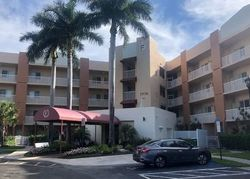 Foreclosure - Yardley Dr Apt 107 - Fort Lauderdale, FL