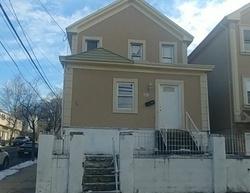 Burgess Pl, Passaic NJ