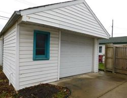 Foreclosure - Helen Ave - Lincoln Park, MI