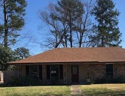 Foreclosure - Norwich Dr - Baton Rouge, LA