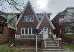 Foreclosure - Beaconsfield Ave - Grosse Pointe, MI