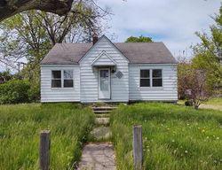 Foreclosure - Garfield Rd - Fraser, MI