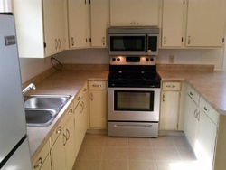 Foreclosure - W Jefferson St - Bloomington, IL