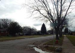 Bernadine St, Lansing IL