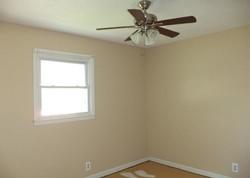 Foreclosure - Broadmoor Dr - Bloomington, IL