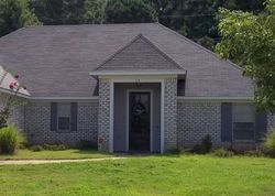 Pre-Foreclosure - Harvey Cir - Canton, MS