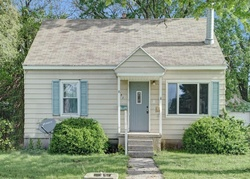 Pre-Foreclosure - Beech St Sw - Wyoming, MI