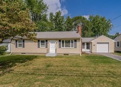 Pre-Foreclosure - Breckwood Cir - Springfield, MA