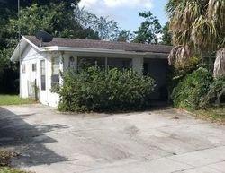Minor Ave, Bowling Green FL