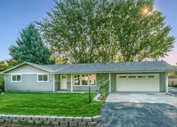 Pre-Foreclosure - Raymond Way - Central Point, OR