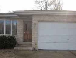 Pre-Foreclosure - E 142nd St - Dolton, IL