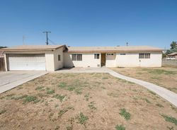 Pre-Foreclosure - Montgomery Ave - Porterville, CA