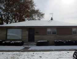 Pre-Foreclosure - W Courtland Ave - Milwaukee, WI