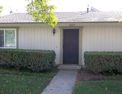 Carmel Cir E, Upland CA