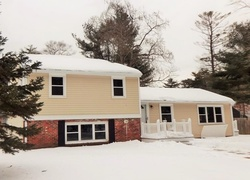 Pre-Foreclosure - Furnace Colony Dr - Pembroke, MA
