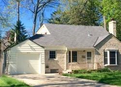 Pre-Foreclosure - W Jackson Park Dr - Milwaukee, WI