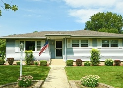 Pre-Foreclosure - Oakley Ave - Lansing, IL