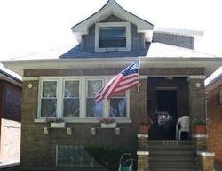 W Schubert Ave, Chicago IL