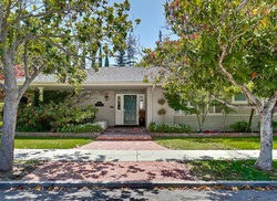 Pre-Foreclosure - Hyde St - Redwood City, CA
