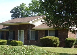 Claremont Cir, Savannah GA