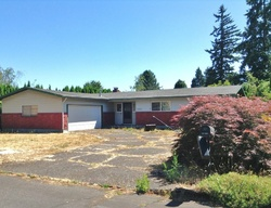 Pre-Foreclosure - Se Morning Glory Ct - Portland, OR