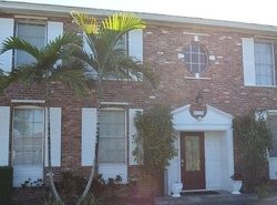 Ne 9th St, Fort Lauderdale FL