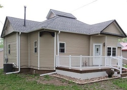 Pre-Foreclosure - N West St - Bloomfield, IA