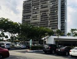 N Country Club Dr , Miami FL