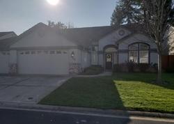 Whisper Oaks Ln, Carmichael CA