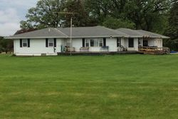 Pre-Foreclosure - Prairie Ave - Marshalltown, IA