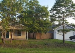 Pre-Foreclosure - Oakwood Lakes Blvd - Defuniak Springs, FL