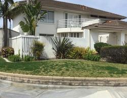 Rob Roy Cir, Huntington Beach CA