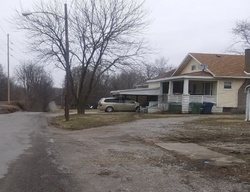 Pre-Foreclosure - N 5th St - Mount Vernon, IL