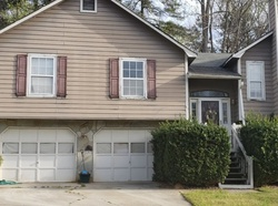 Pre-Foreclosure - Saddleton Way - Douglasville, GA