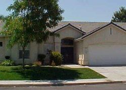 E Redwood Cir, Hanford CA